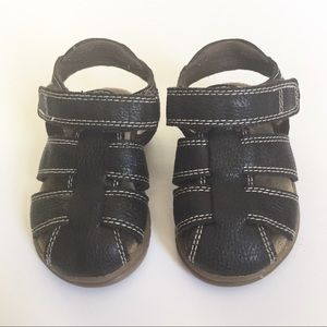 The Children's Place Brown Leather Sandals Size 5